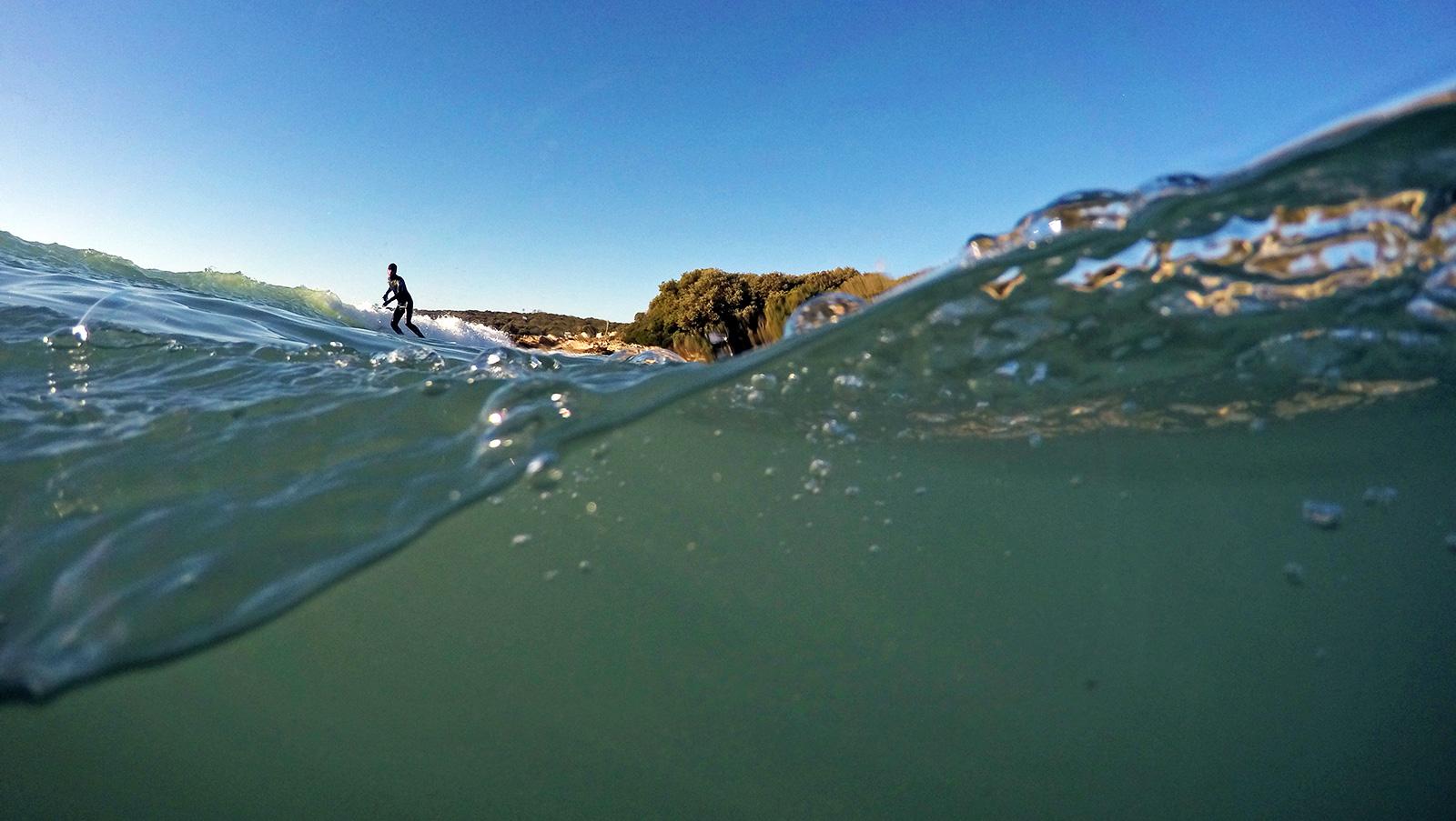 How to Shoot Over Under Underwater Photos | WETSUIT MEGASTORE
